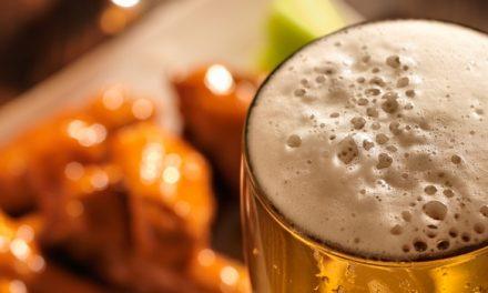 Grillen und Bier – Was ist dran am Mythos Bierlöschen?