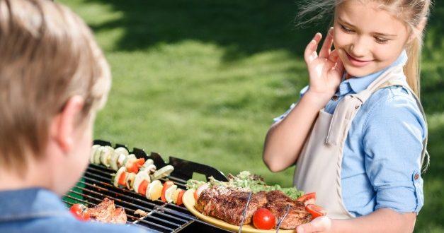 Grillen mit Kindern – Sicherheit und Spaß stehen im Vordergrund