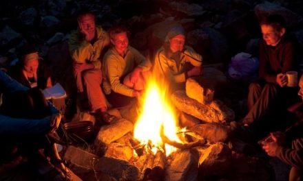 Gemütliche Abende am Lagerfeuer – Die Herbstzeit ist perfekt dafür!
